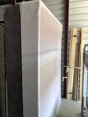 Queen box spring for Sale in Laurel, MD