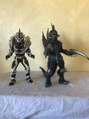 """Bandai 2004 Gigan 9 1/2"""" and Monster X - 9"""" Vinyl Action Figures - Godzilla Final Wars for Sale in Yucaipa, CA"""