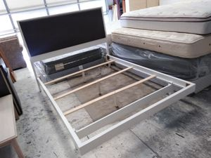 New white queen bed frame for Sale in El Paso, TX