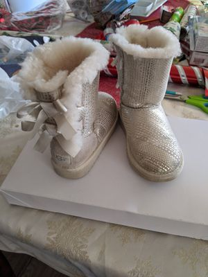 Girls Ugg Boots for Sale in Lake Elsinore, CA