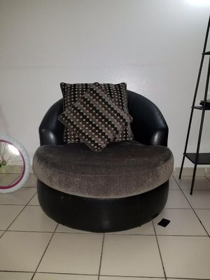 Juego de sofa for Sale in Hialeah, FL