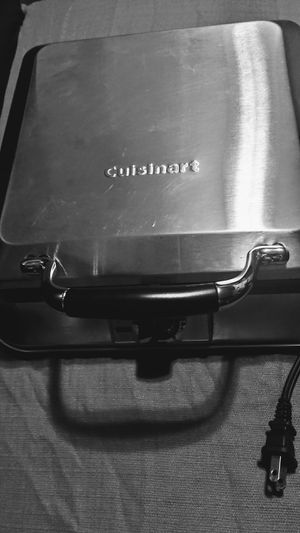 Cuisinart Stainless Waffle Maker for Sale in North Little Rock, AR