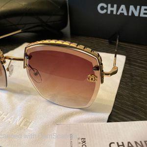 CHANEL Sunglasses 🕶 for Sale in Garden Grove, CA