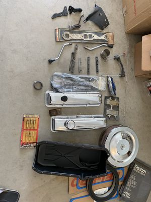 Parts for a 350 small block from a Chevy pickup 1972 for Sale in Colton, CA