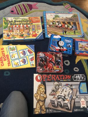 7 pieces bundle of thomas the train and star wars game and puzzles for Sale in Niles, IL