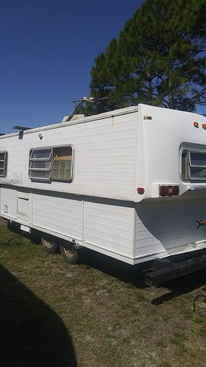 Camper 1981 hi-lo for Sale in Merritt Island, FL