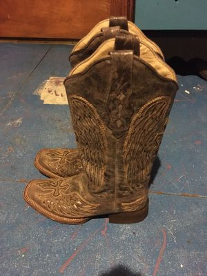 Coral vintage cowboy boot for Sale in Peoria, IL