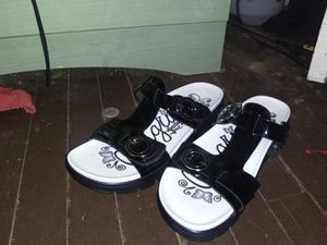 Alegria wonens sandals for Sale in Abilene, TX