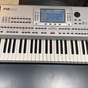 Piano Korg PA80 for Sale in Hialeah, FL