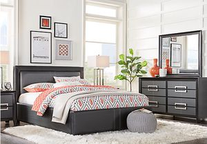 Queen Leather Bedroom Set for Sale in Weston, FL
