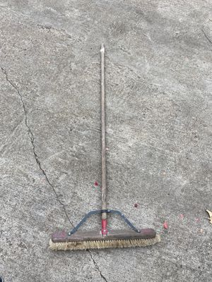 FREE Shop broom for Sale in Red Oak, TX