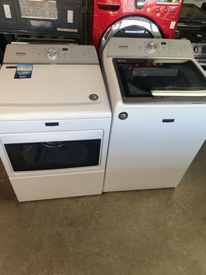 New Maytag washer and dryer set for Sale in Los Angeles, CA
