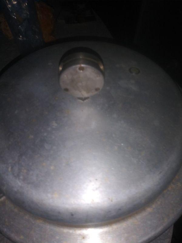 Mirro Pressure Cooker (4 quarts)