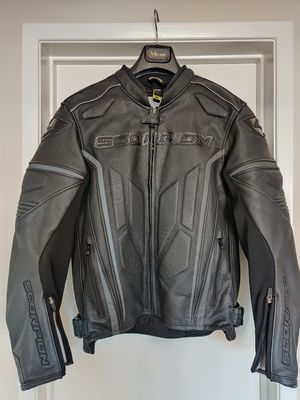 Brand New Scorpion Clutch Phantom leather motorcycle jacket size medium for Sale in Garden Grove, CA