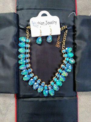 Collar azul 🐋🐋🐋🐋🐋 for Sale in Lakewood, CA