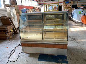 5' deli merchandiser cooler for Sale in Taylor, MI