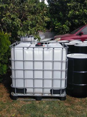 Tote 275 gallon for Sale in Whittier, CA
