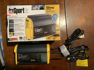 ProMariner Prosport 12 dual bank marine battery charger for Sale in Saint James City, FL