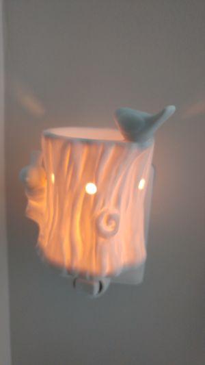 SCENTSY Tweet Plug-in Warmer for Sale in Bluemont, VA