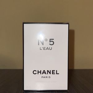 CHANEL N5 L'EAU for Sale in Los Angeles, CA
