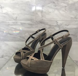 Burberry heels for Sale in Lehigh Acres, FL