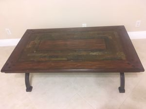 Coffee table for Sale in Lake Worth, FL