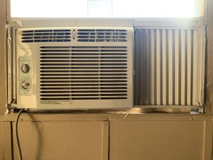 Frigidaire AC for Sale in Angier, NC