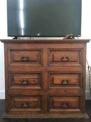 Beautiful Rustic Wooden Dresser for Sale in North Miami Beach, FL