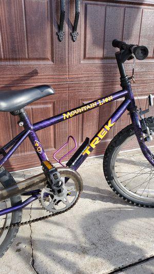 "TREK Mountain Lion ""20 bike. Works great for Sale in Modesto, CA"