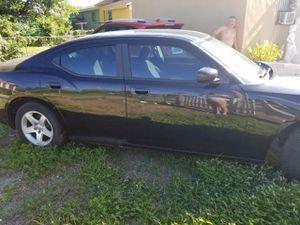 Dodger charger 2010 ,v6,2,7 for Sale in Hialeah, FL