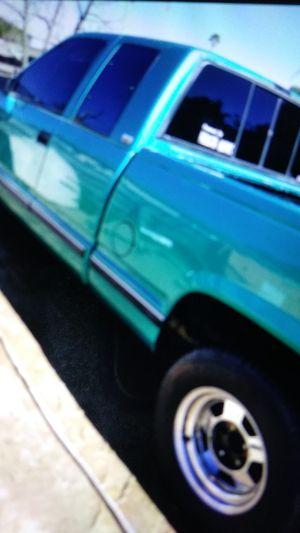 Chevy Silverado 97 for Sale in Perris, CA