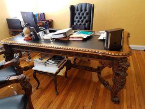 Office furniture for Sale in Miami Beach, FL