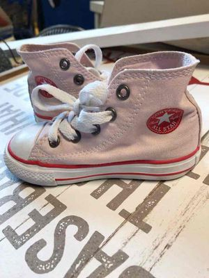 Girls size 7 shoe for Sale in Livonia, MI
