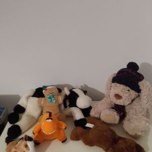 6 gorgeous Children Stuffed Animals Bear Hippo Horse Cow Gingerman Or Pick It Up For $10. Was Sanitized Well 😀 for Sale in Kissimmee, FL