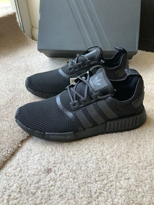 Adidas nmd r1 men shoes black for Sale in Owings Mills, MD