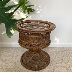 • vintage wicker rattan boho plant stand • for Sale in Issaquah, WA