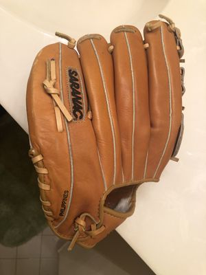 Saranac baseball glove for Sale in Bowie, MD