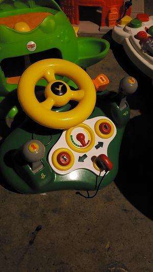 JOHN DEER CAR TOY FOR KIDS for Sale in Clovis, CA