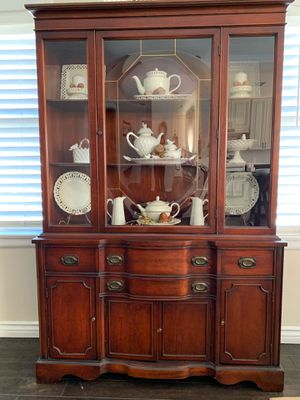 Antique Mahogany China Cabinet for Sale in Glendale, CA