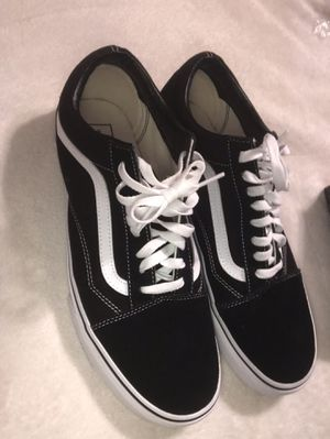 Vans Black & White for Sale in Story City, IA