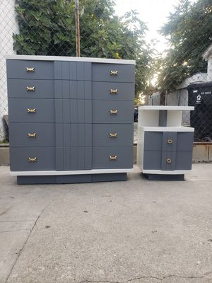 Mid Century By Kent-Coffey ( the titan) for Sale in Los Angeles, CA