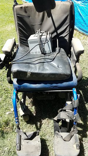 Wheelchair for Sale in Visalia, CA