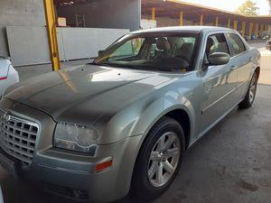 Chrysler 300 2010 for Sale in Long Beach, CA