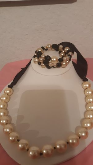 Black white pearls for Sale in Burleson, TX
