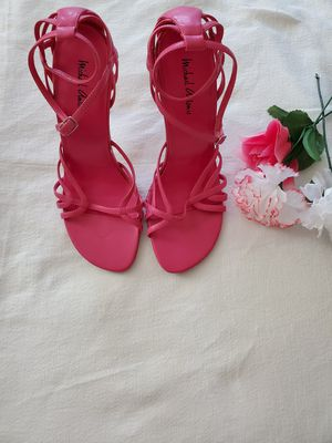 High heels in beautiful hot pink size 7.5 for Sale in Temecula, CA
