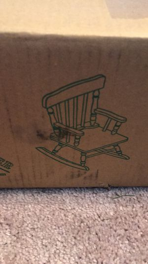 Rocking chair for Sale in Wesley Chapel, FL