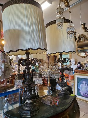 Large antique bronze and crystals pair of lamps for Sale in Tampa, FL
