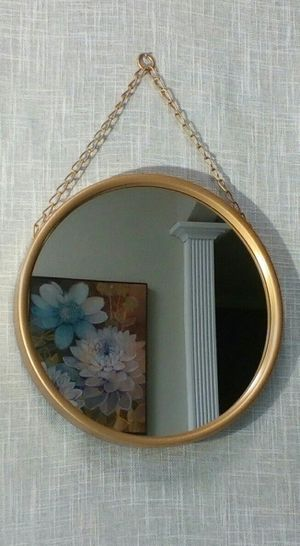 "Round Metal Mirror with Chain , 10""x10"" *PICKUP ONLY* home decor, household, pictures, paintings, farmhouse, home bar, wine art for Sale in Mesa, AZ"