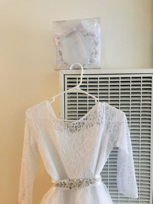A special Event White dress size 16