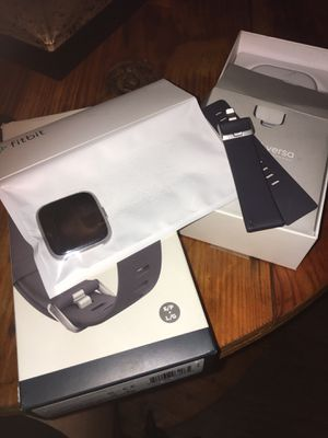 Fitbit Versa Light Edition for Sale in Norcross, GA